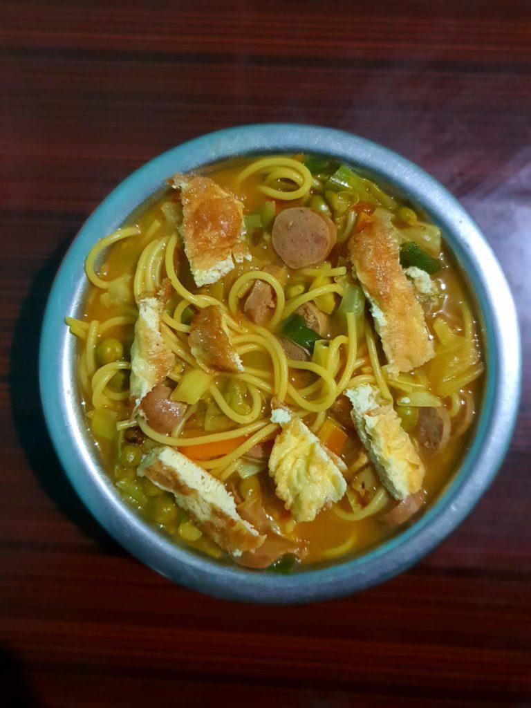 Chicken sausage thukpa